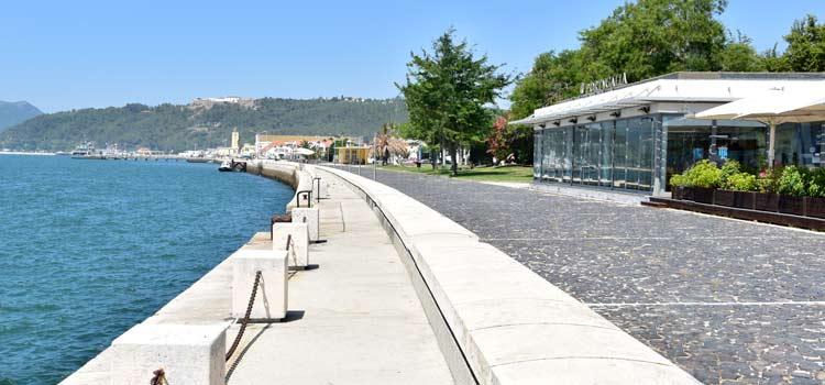 water front of Setubal