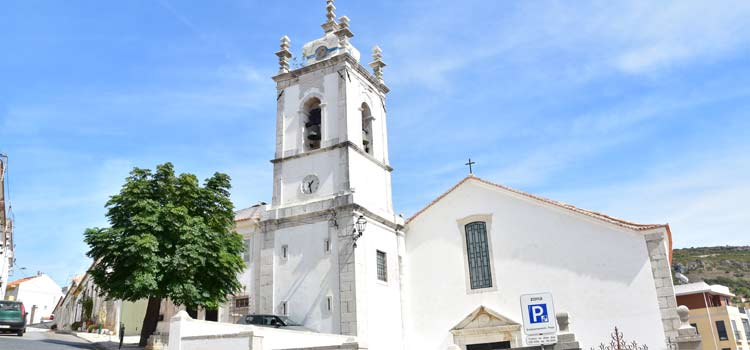 Sesimbra church